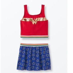 NWT DC Wonder Woman Two Piece Swimsuit 110 cm (5)